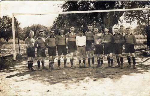 images/historie/1922_1.mannschaft.jpg